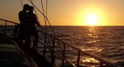 Aphrodite voile boat soleil croisiere